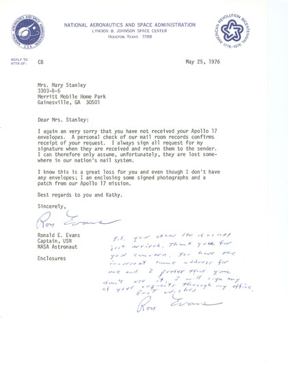 Farthestreaches ron evans letter twice signed on nasa stationary dated 52576 he is writing to a fan regarding an autograph request and in addition to the text spiritdancerdesigns Images